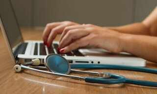 Article: 5 reasons you should pursue a career in Healthcare Recruitment with Globe Locums
