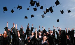 Article: Universities are offering students £10,000 to defer their courses for a year